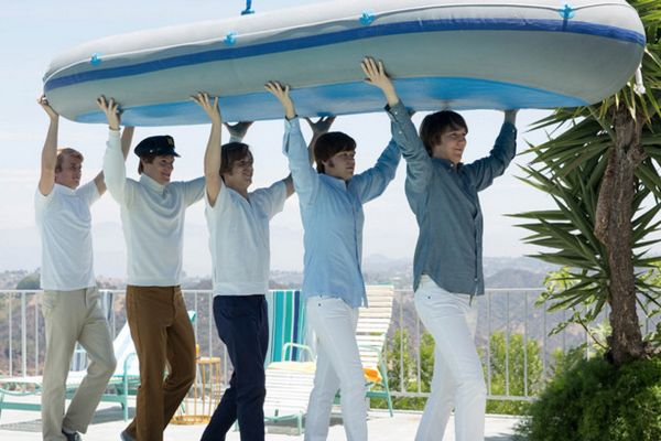 Love and Mercy film: anticipata uscita della biopic su Brian Wilson, co-fondatore dei Beach Boys
