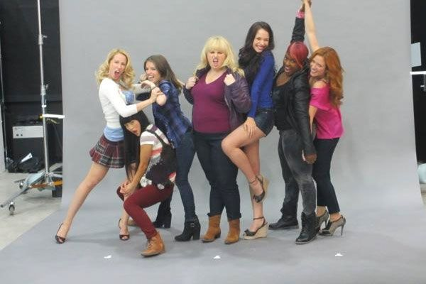 Pitch Perfect 2 film: speciale featurette sull'allenamento del cast