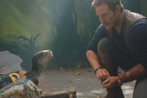Jurassic World il regno distrutto: 2 nuovi spot in inglese con Chris Pratt e Bryce Dallas Howard