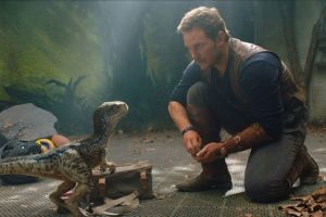 Jurassic world 2 il regno distrutto al cinema: seconda clip in italiano con Chris Pratt