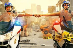 Chips film: Red band trailer in inglese con Michael Pena