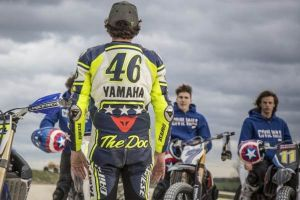 Captain America Civil War: nuova clip Team Cap VS Team Iron Man dal VR46 Riders Academy di Tavullia con Valentino Rossi
