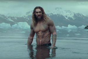 Justice League a marzo in home video: Aquaman Jason Momoa, speciale clip dagli extra