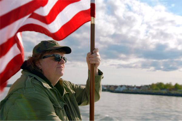 Where to invade next, recensione: Michael Moore torna in un documentario sarcastico ed intelligente, da favola