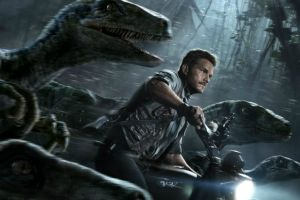 Chris Pratt in un nuovo inquietante spot tv in italiano di Jurassic World