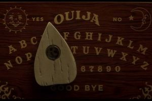 Ouija - L'origine del male al cinema: altre tre clip in italiano