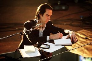 Nick Cave One more time with feeling, documentario in arrivo al cinema: trailer ufficiale, film al Festival di Venezia 2016