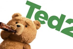Ted 2: nuovo poster in stile Flash Gordon con Mark Wahlberg