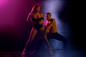 Jennifer Lopez - Dance Again: il docu film concerto con la cantante attrice in home video DVD