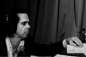 Nick Cave One More Time with Feeling, recensione: un viaggio nella mente tormentata e afflitta del celebre cantautore