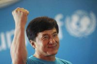Jackie Chan Day, maratona su Sky Cinema per celebrare il suo cinema tutto action e comicità