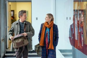 Il piano di Maggie con Ethan Hawke e Julianne Moore in home video DVD e Blu-ray