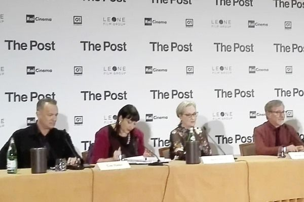 The Post: video della conferenza stampa con Spielberg, Tom Hanks e Meryl Streep a Milano