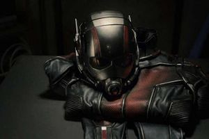 "Ant-Man film Marvel: fotogallery con nuovi poster in stile ""Avengers"""