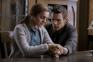 Regression film: prima clip in italiano con Emma Watson e Ethan Hawke