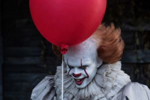 IT film: clip d'apertura alternativa in inglese