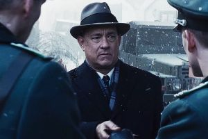 Bridge of Spies - Il ponte delle spie: nuovo trailer in italiano film di Spielberg con Tom Hanks sul muro di Berlino