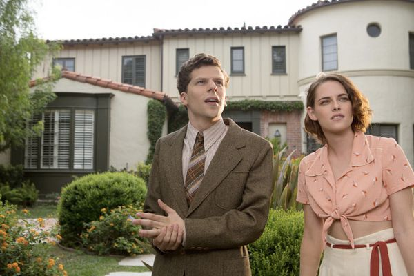Cafe Society, recensione: i sogni di Woody Allen finiscono a New York