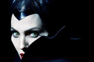 Maleficent 2 con Angelina Jolie: trama e primo trailer in italiano