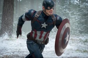 Avengers Age of Ultron in home video: Chris Evans Captain America in una scena tagliata