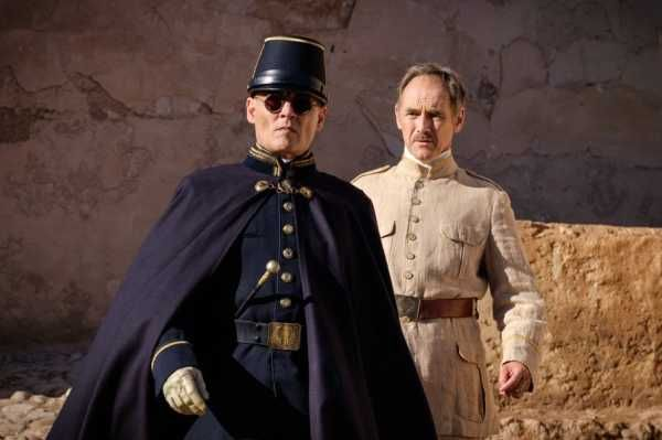 Waiting for the Barbarians con Mark Rylance e Johnny Depp in arrivo in streaming: trailer ufficiale in inglese