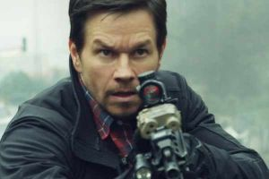 Red zone - 22 miglia di fuoco di Peter Berg con Mark Wahlberg: trama e trailer in italiano