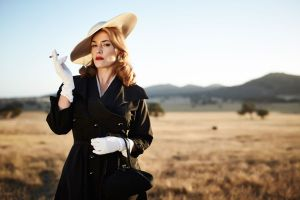 The Dressmaker – Il diavolo è tornato, la commedia glamour con Kate Winslet e Liam Hemsworth in home video a settembre