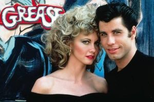 Grease 40°anniversario del cult musical con John Travolta e Olivia Newton–Jones: special edition celebrativa a maggio in home video