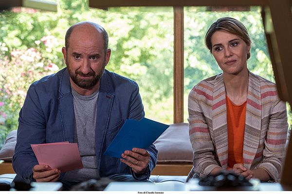 Mamma o papà, la commedia con Paola Cortellesi e Antonio Albanese in home video