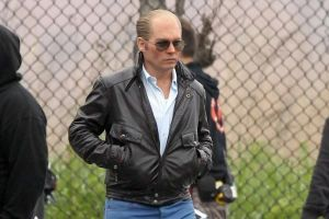 "Black Mass: Johnny Depp diventa ""Whitey"" in una nuova featurette"