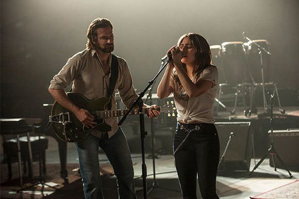 A star is born di Bradley Cooper con Lady Gaga: video del Red Carpet e della premiere a Londra