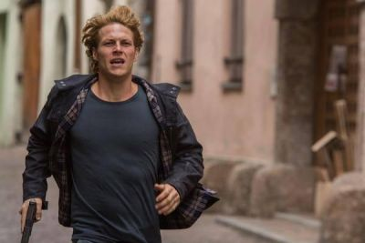 Point Break remake al cinema: 2 clip in italiano con Luke Bracey