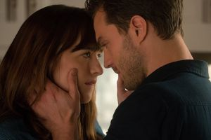 Cinquanta sfumature di nero al cinema: 2 nuove clip in italiano con Jamie Dornan e Dakota Johnson