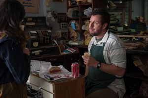 Mr Cobbler e la bottega magica al cinema: nuove clip in italiano della commedia di Tom McCarthy con Adam Sandler