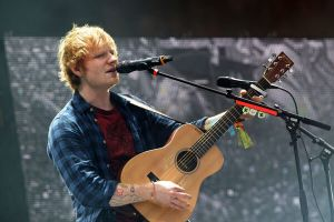 Ed Sheeran al cinema con un concerto film: trailer dell'evento e data d'uscita