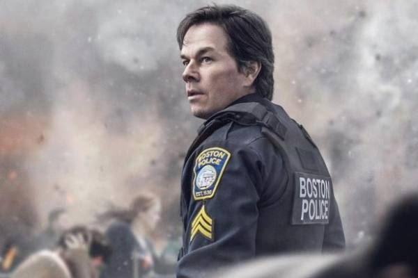 Boston caccia all'uomo con Mark Wahlberg, Kevin Bacon, John Goodman: trama, trailer italiano e fotogallery
