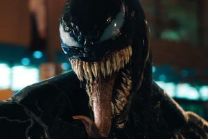 Venom: motion poster del cinecomics Sony/Marvel con Tom Hardy