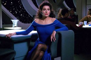 Lucca Comics & Games 2016: video incontro con Marina Sirtis, protagonista di Star Trek film e serie anni'90