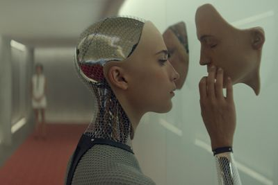 Ex-Machina di Garland in Home Video DVD Blu-ray: contenuti extra film di fantascienza con Oscar Isaac