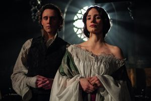 Crimson Peak al cinema: nuova clip in italiano con Tom Hiddleston, Jessica Chastain e Mia Wasikowska